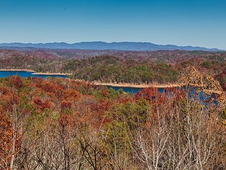 A View To Remember - Stunning Water & Mtn Views - Ellijay vacation rentals