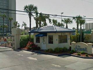 Ocean Front Condo 1 bed room1 1/2 bath w/ Bunk beds & sleeper sofa (sleeps 6) - Panama City Beach vacation rentals