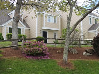Ocean Edge Townhouse - Perfect Family Getaway - Brewster vacation rentals