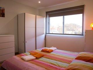 Full House at Porto - Porto vacation rentals