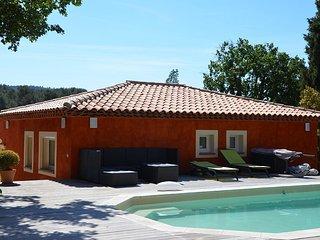 COUP DE COEUR! MAISON VACANCES 60m² 6 pers CLIM PISCINE PRIVEE à10 mn des plages - La Crau vacation rentals
