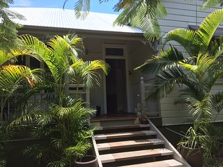 Gorgeous renovated Queenslander in great location - Moorooka vacation rentals