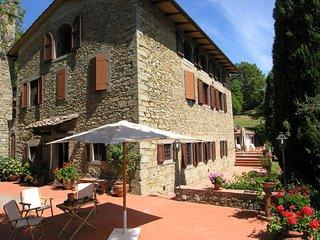 Beautiful 8 bedroom Villa in Vernio - Vernio vacation rentals