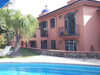 Wonderful 2 Bedroom Condo in Paradise! - Ajijic vacation rentals