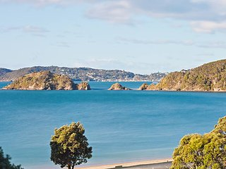 Stunning sea views-private-fully equipped-spotless - Paihia vacation rentals