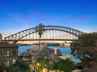 Lux Sydney Studio with Dream Harbour Views - McMahons Point vacation rentals