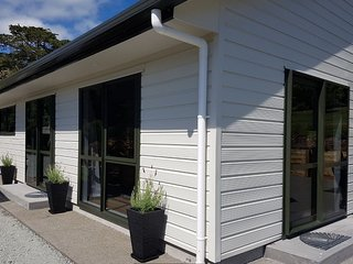 Birchgrove Cottages - 2 br Family - Whangarei vacation rentals