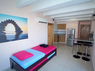 BEAUTIFUL APARTMENT WITH GREAT VIEW OVER THE BAY - Cartagena vacation rentals