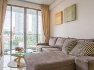 AUTUMN APARTMENT - Singapore vacation rentals