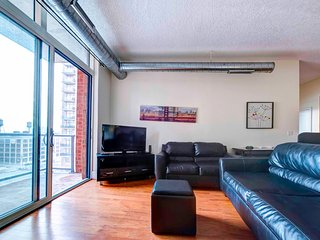 Cast Iron Lofts: 2BR Fully Furnished Suite in New York - Jersey City vacation rentals
