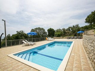Private suites Ravni 7654 2-room-suite - Ravni vacation rentals