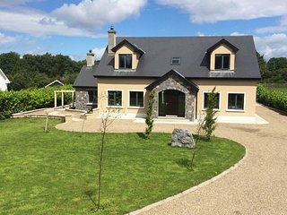 Cottage 227 - Oughterard - 227 Oughterard - Oughterard vacation rentals