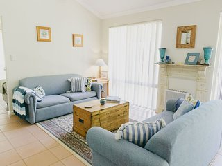 Bright House with Deck and Washing Machine in Cape Naturaliste - Cape Naturaliste vacation rentals