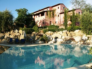 Gorgeous Montopoli in Val d'Arno vacation Villa with Internet Access - Montopoli in Val d'Arno vacation rentals