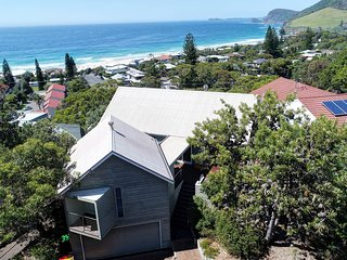 EUREKA   - 30 Headland Road Boomerang Beach - Blueys Beach vacation rentals