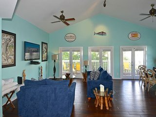 Casa Key West - Updated Duval St Condo w/ Pool Access & Private Parking - Key West vacation rentals