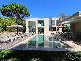 Luxury Decor Villa - Saint-Tropez vacation rentals