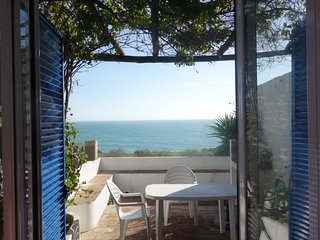 Casa Carolina Albufeira- Seaview beach cottage - Albufeira vacation rentals