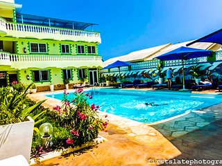 Spacious 4 bedroom Condo in Mombasa - Mombasa vacation rentals