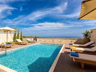3 Bedroom Luxury Seaview Villa, Roupes Rethymnon Crete - Pikris vacation rentals
