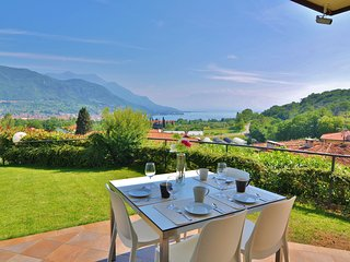 Nice Condo with Internet Access and Wireless Internet - Cunettone di Salo vacation rentals