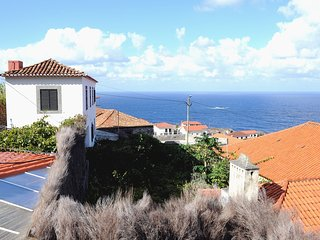 CASA DA TORRE - next to the sea - surrounded by nature - Porto Moniz vacation rentals