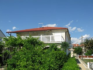 SLAVICA(1231-2957) - Barbat vacation rentals