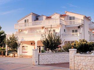 Apartments Karmen A4+1 - Srima vacation rentals