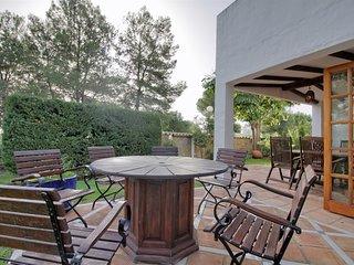 Casita Aloha - Family friendly holiday home at golf resort Aloha - Nueva Andalucia vacation rentals