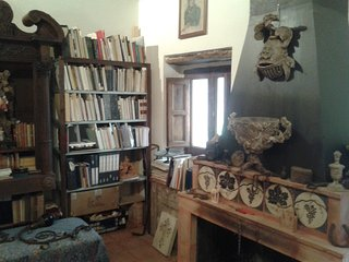Esclusiva piccola storica Casa storica Filangeri - Tusa vacation rentals