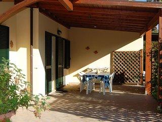 Romantic 1 bedroom House in Gualdo a Capoliveri with Television - Gualdo a Capoliveri vacation rentals