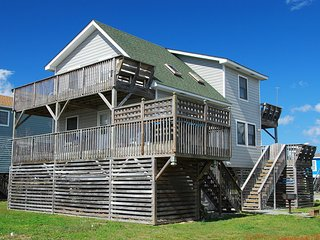 Compass Rose, 3 Bedroom w/ Hot Tub, Pet Friendly - Kill Devil Hills vacation rentals
