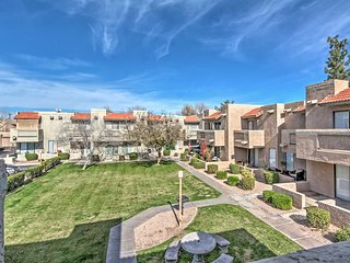 NEW! 2BR Scottsdale Townhouse -Centrally Located! - Scottsdale vacation rentals