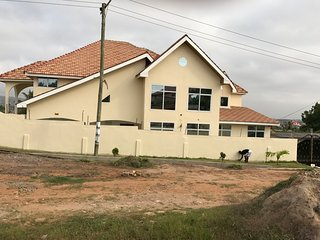 8 bedroom Villa with Internet Access in Accra - Accra vacation rentals