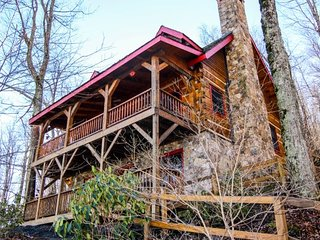 Rocks Way 1618 Spice Bottom Trail Banner Elk NC - North Carolina vacation rentals