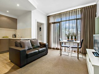 1BR Apartment - Ward St, North Adelaide - Adelaide vacation rentals