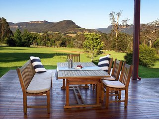 Perfect 4 bedroom Kangaroo Valley House with Internet Access - Kangaroo Valley vacation rentals