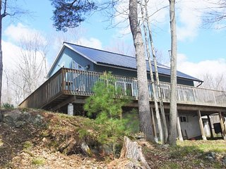 """Whitefish Vista"" on the Rideau - Seeley's Bay vacation rentals"