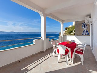 Apartments Nena - Two bedroom apartment with terrace sea view - Pisak vacation rentals