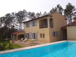 Beautiful Villa with Internet Access and Television - La Motte vacation rentals