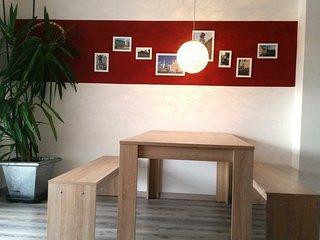 Moderne Wohnung - 3 getrennte Schlafzimmer - Augsburg vacation rentals