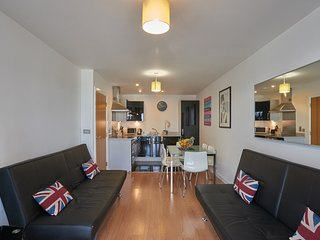Two bedroom apartment in London, O2, Exce Ref:0202 - London vacation rentals