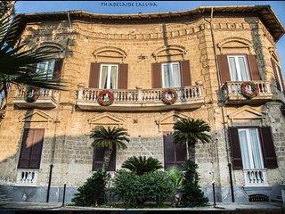 Bed and breakfast , Bnb Villa Lendi - Frattamaggiore vacation rentals