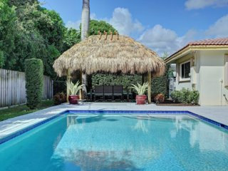 Walk to Beach!  Walk to Everything! 4BR Pool Home! - Lauderdale by the Sea vacation rentals
