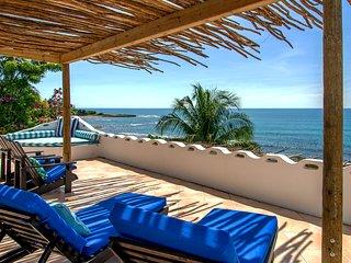 Bright 4 bedroom Treasure Beach Villa with Internet Access - Treasure Beach vacation rentals