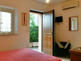 Casale Re di Coppe Pink Flat-Soluzione in campagna comoda ed economica - Lanciano vacation rentals