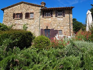 Deluxe vacation rental in Tuscany in San Gimignano - Castel San Gimignano vacation rentals