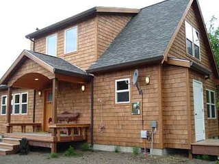 Charming House with Internet Access and Wireless Internet - Rockaway Beach vacation rentals