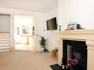 Comfortable, Modern home close to stadium, city centre, financial district etc - Dublin vacation rentals