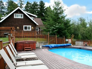 The Moosehead Cabin--your own private lakefront resort. Hot tub, pool, privacy! - Lakebay vacation rentals